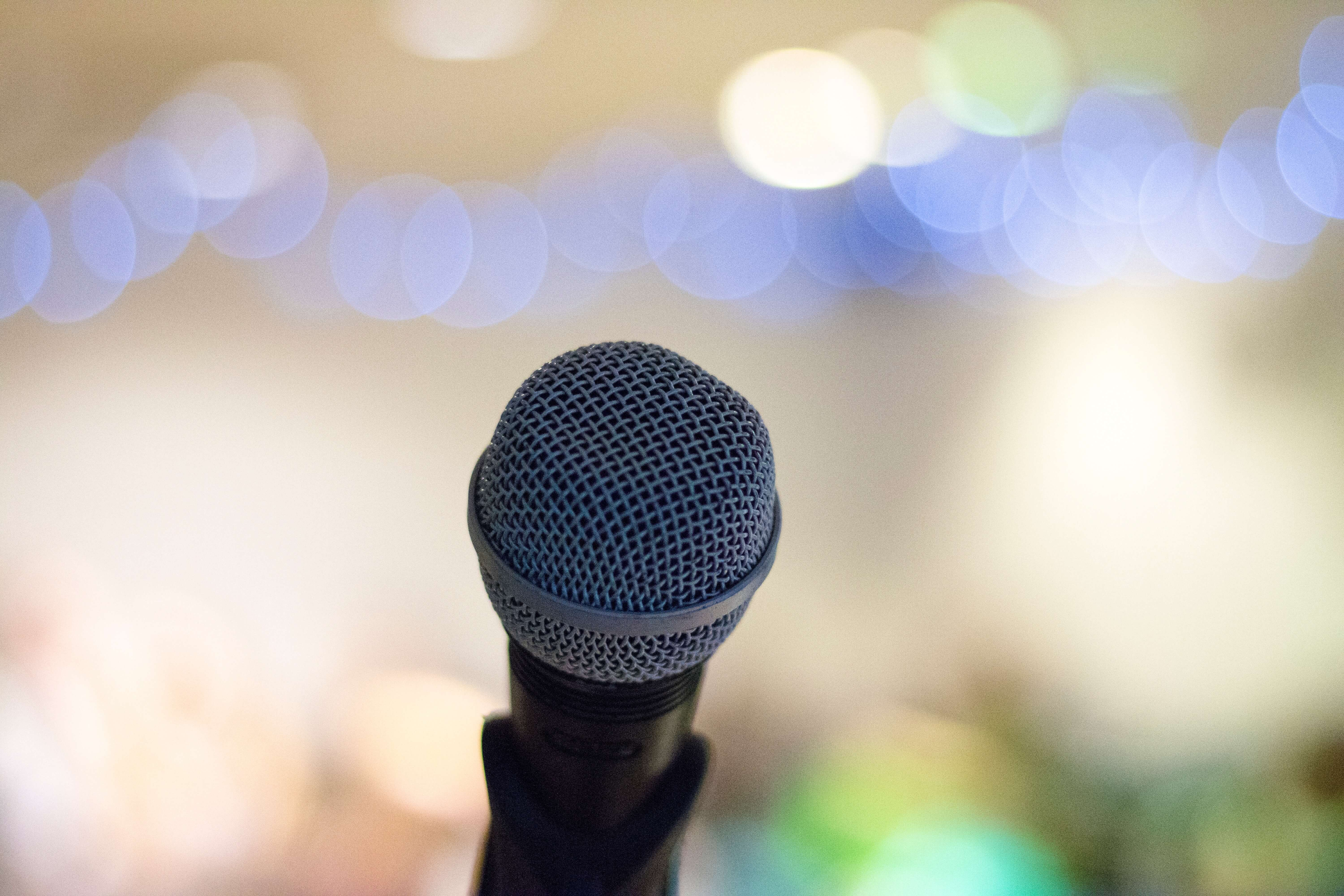 How I Overcame My Fear of Public Speaking